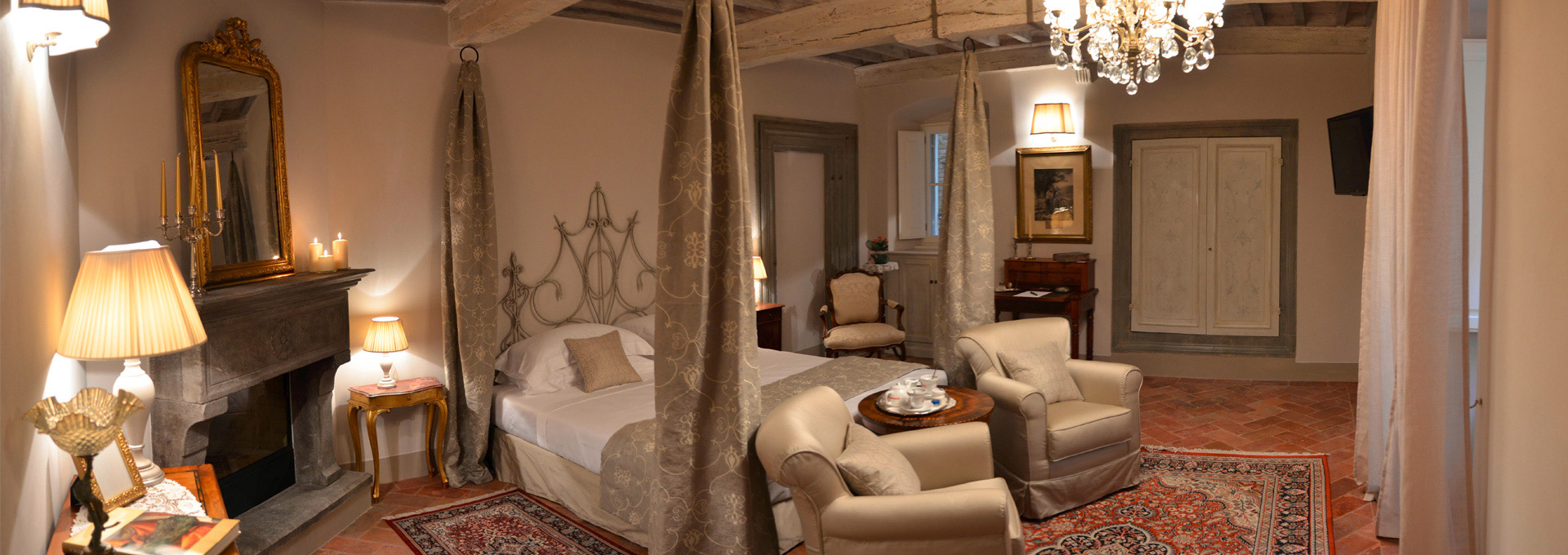 Luxury rooms bed and breakfast in cortona tuscany italy for Italy b b